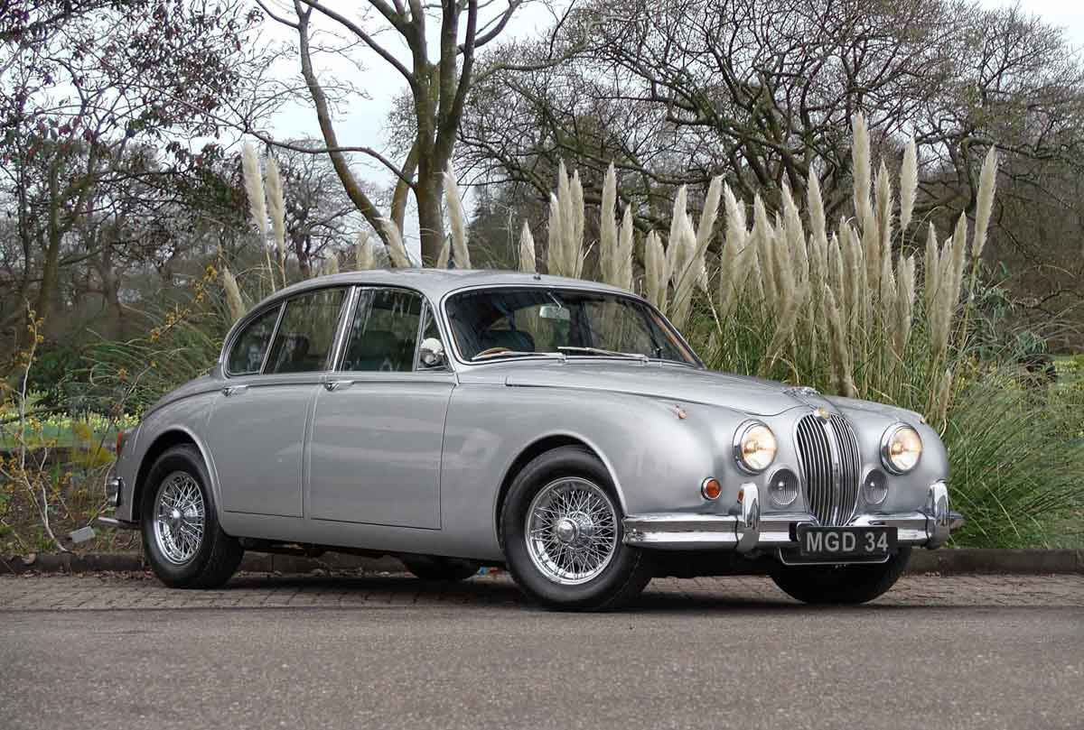 Jaguar Mark Two Image
